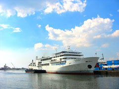The Superferry is running Manila - Coron - Puerto Princesa and retour